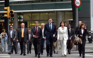 INÈS BAUCELLS  Rajoy, acompañado de Alberto Fernández y Alicia Sánchez-Camacho, ayer, en Barcelona