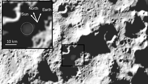 Descubren agua y plata en el cráter lunar donde chocó una nave de la NASA