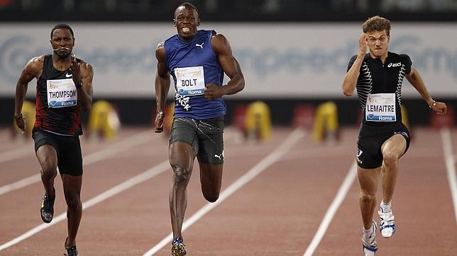Usain Bolt vence en su reaparición