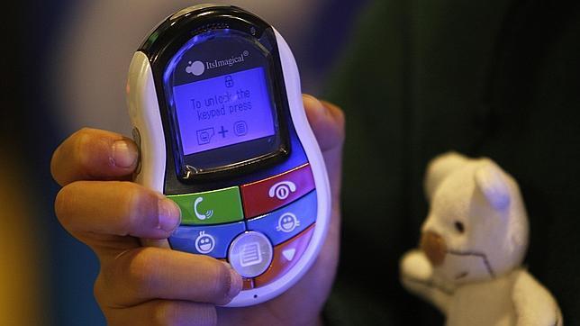 Consejos antes de comprar un móvil a un niño