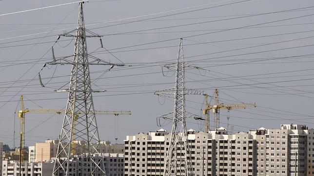 Rusia interrumpe el suministro de electricidad a Bielorrusia