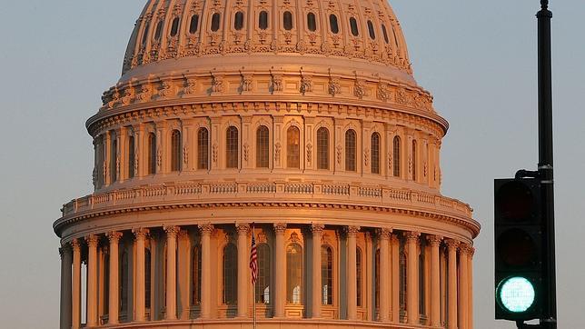 Estados Unidos adelanta la crucial votación en el Congreso sobre el techo de gasto