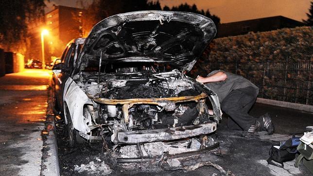 Cerca de 50 coches calcinados en las últimas tres noches en Berlín