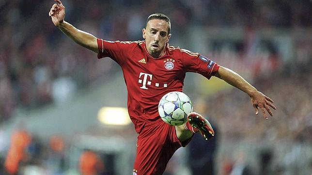Ribéry trata de impedir la salida de un libro sobre su escándalo sexual con Zahia