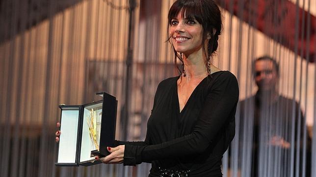Maribel Verdú asegura que lo mejor de ser actriz es «la posibilidad de evitar consultas al psicoanalista»