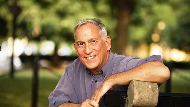 Walter Isaacson: «Los ojos de Jobs se llenaban de lágrimas al hablar de belleza»