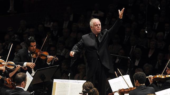 La Scala de Milán recibe a Daniel Barenboim con una huelga