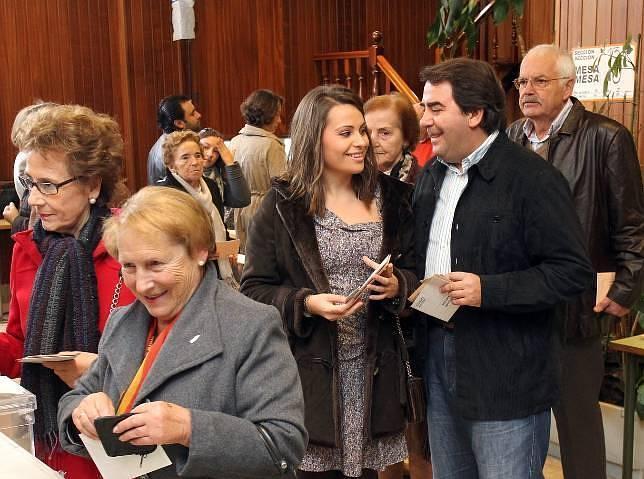 Pleno popular, que copa la dirección de Xunta, Ayuntamiento, Diputación y Gobierno central