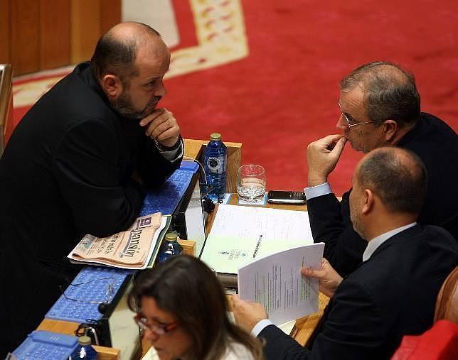 La renuncia de Blanco a la Xunta sume en el marasmo al PSOE gallego