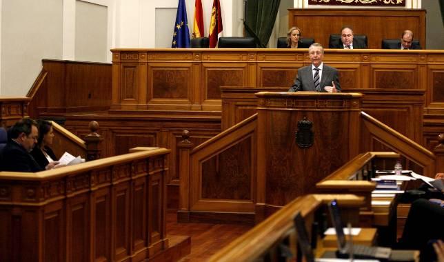 Las Cortes aprueban ampliar el presupuesto de 2011 en 1.500 millones