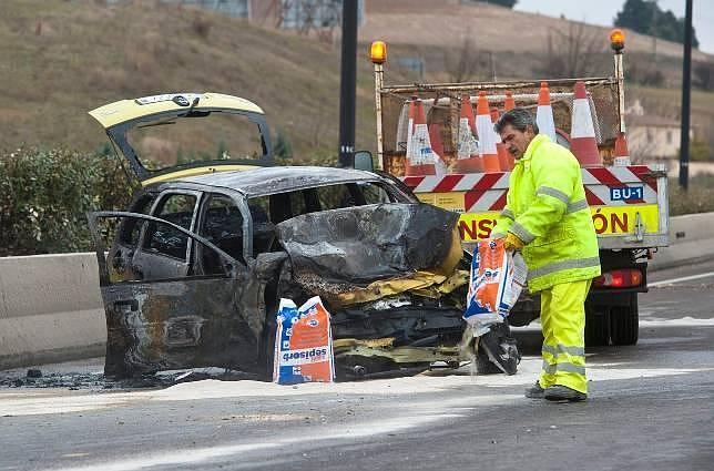 Los fallecidos en las carreteras descienden casi un 26% en 2011