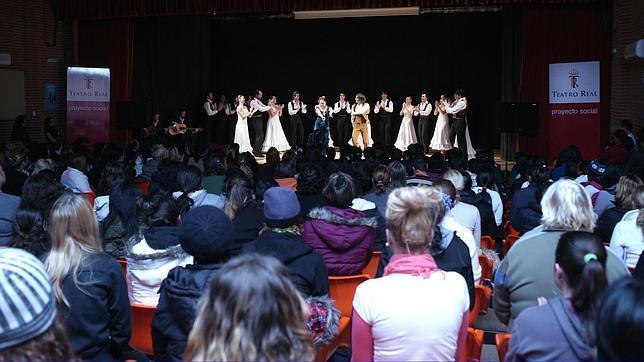 Lección de flamenco en la cárcel