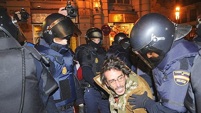Las protestas derivan en cargas policiales en Madrid