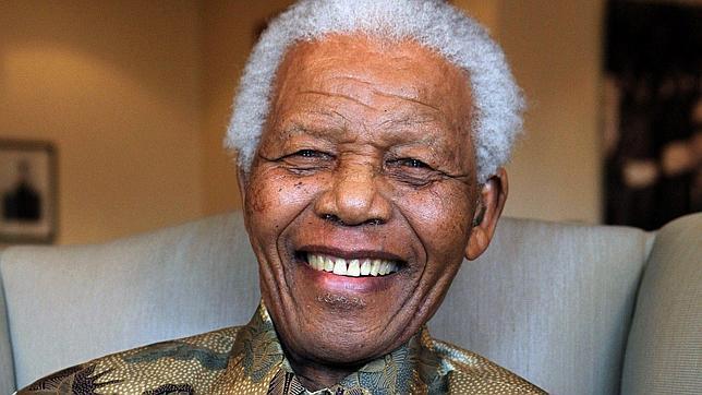 Mandela abandona el hospital