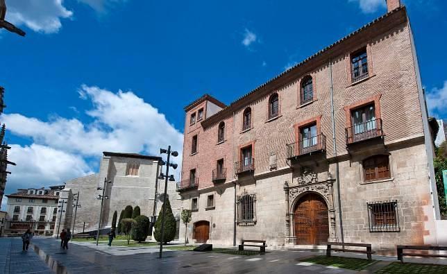 Burgos quiere más protección