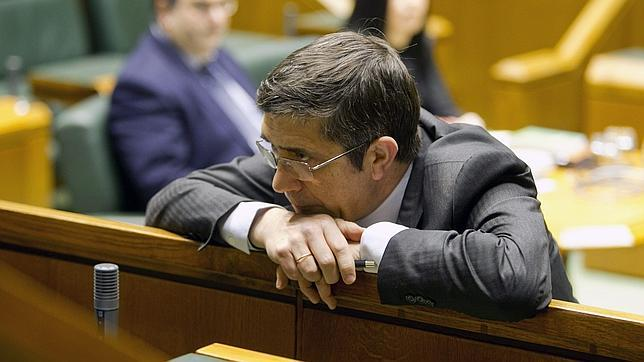 Los socialistas se desploman y también pierden el Gobierno vasco