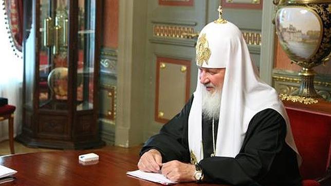 El reloj de 23.000 euros que escapó al Photoshop de la Iglesia Ortodoxa rusa