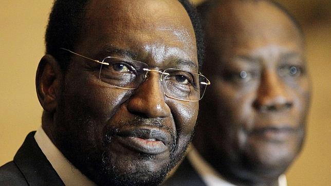 Burkina Faso negocia con yihadistas, terroristas y tuaregs para estabilizar Malí