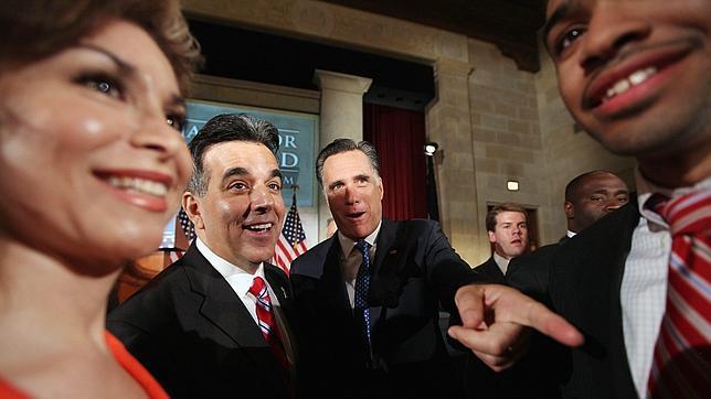 Obama saca una amplia ventaja a Romney entre la población hispana