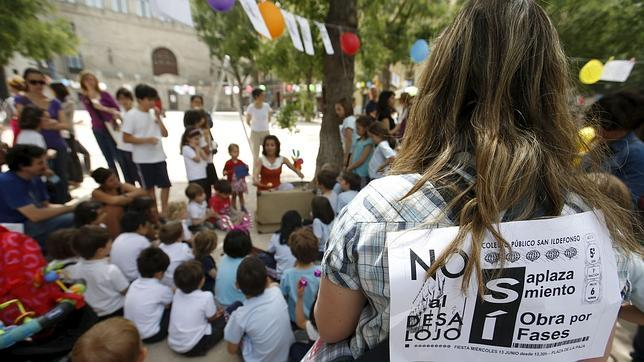 Ana Botella: «Tenemos especial cariño al colegio, pero hay que garantizar seguridad»