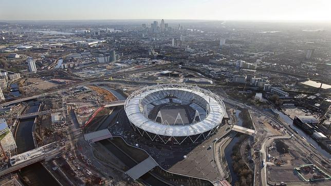 El imperio McDonalds acampa en la villa olímpica
