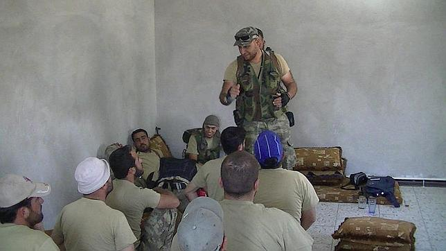 Un radical yihadista libio entrena a las milicias sirias