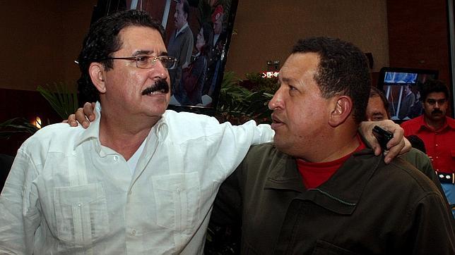 Honduras investiga una «donación» millonaria de Chávez al Gobierno de Zelaya
