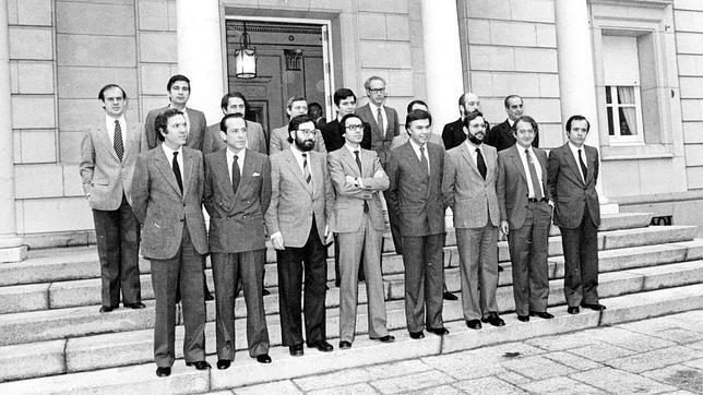 Los ministros del 82, «por el cambio» a la buena vida