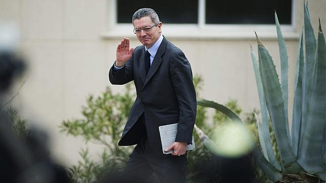 Jueces y fiscales piden en una carta a Rajoy que intervenga ante la política de «imposición» de Gallardón
