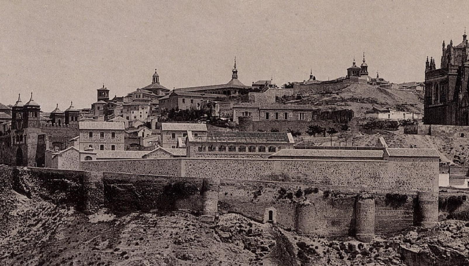 El Matadero en construcción hacia 1891 en una foto de Hauser y Menet. Archivo Municipal de Toledo