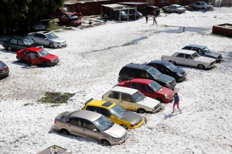 Una capa de hielo cubre la ciudad de Guadalajara (México)