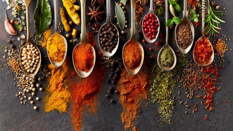 Perejil, pimienta, canela: con qué especia combinar cada plato