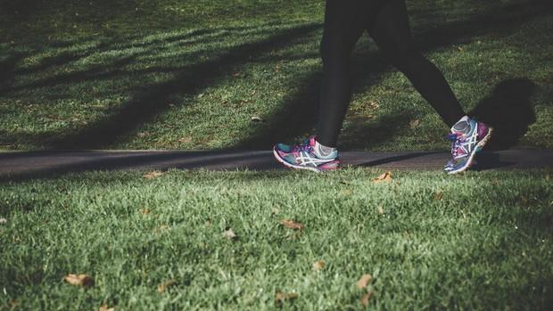 cuanto adelgaza si caminar 1 hora por dia