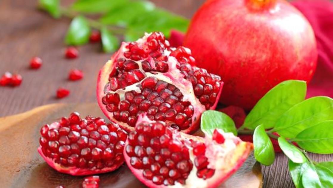 Granada: la fruta que previene la aparición prematura de arrugas