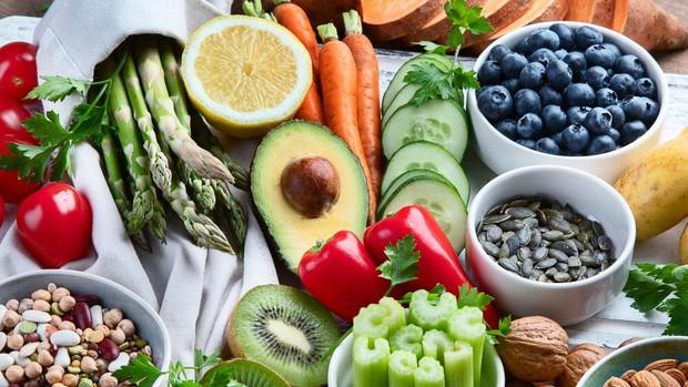 alimentos que causan dificultad para orinar