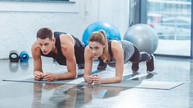 Este ejercicio trabaja el cuerpo al completo
