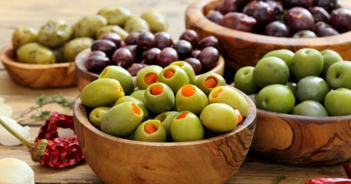 Los beneficios de las aceitunas y cómo elegir las más saludables en el súper