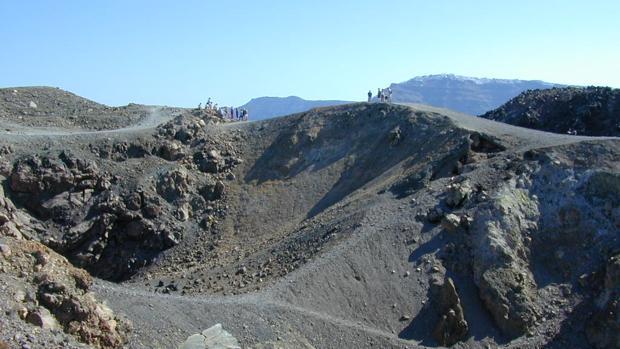 Cráteres volcánicos en Santorini