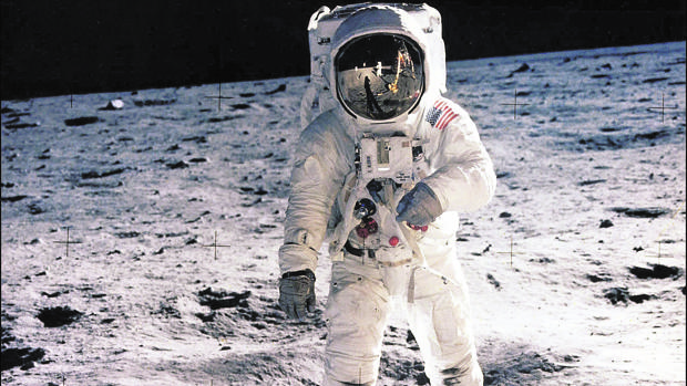 Fotografía tomada en el histórico 20 de julio de 1969 por Neil Armstrong de su compañero Edwin E. Aldrin