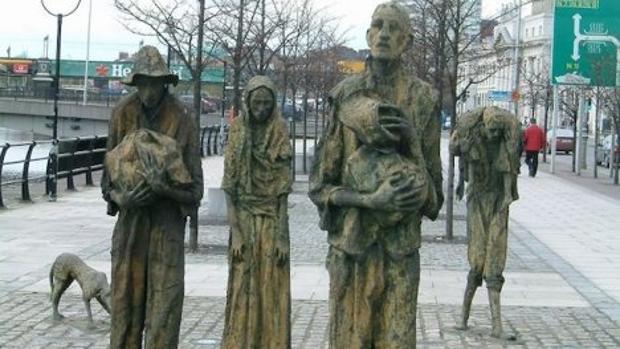 Monumento a la gran hambruna por la pérdida de los cultivos de patata