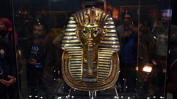 La máscara de Tutankamón, de nuevo en el Museo Egipcio de El Cairo