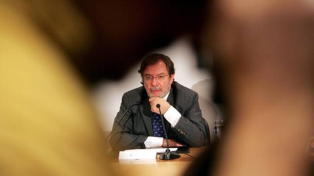 Juan Luis Cebrián, autor de «Primera página»