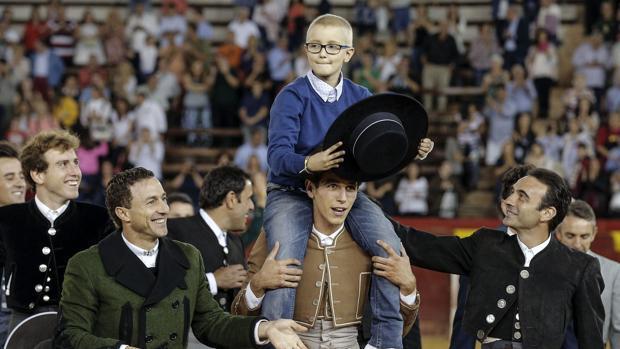 Adrián Hinojosa, el niño con cáncer que soñaba con ser torero