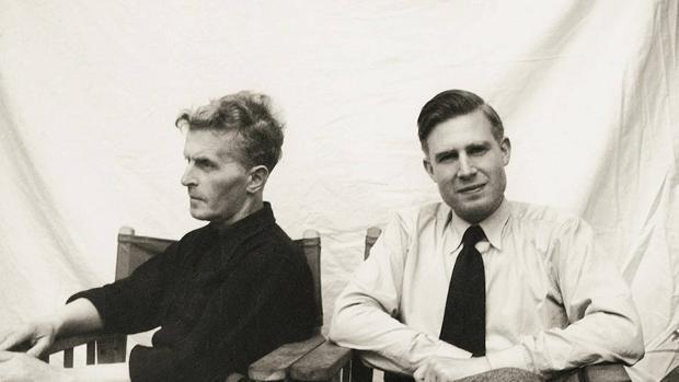 Wittgenstein (de perfil), en una de sus últimas fotos, junto a Von Wright, uno de los grandes editores de su obra