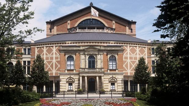 Fachada principal de Festspielehaus de Bayreuth, el teatro construido con las indicaciones de Wagner