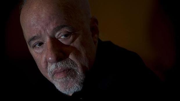 El escritor Paulo Coelho