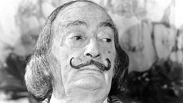 El Lado Oscuro De Dalí Ególatra Simpatizante Del Fascismo