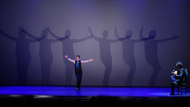 La bailaora española Sara Baras presentó el jueves su espectáculo «Sombras»