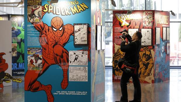 Detalle de la exposición dedicada a Stan Lee