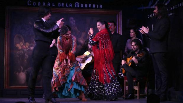 Jesús Carmona y su grupo durante su escpectáculo «Camino»